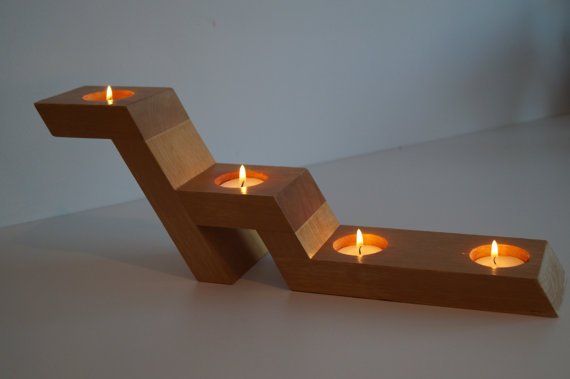 đế gỗ để đèn cầy