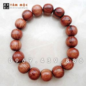 Chuỗi hạt đeo tay gỗ Trắc dây