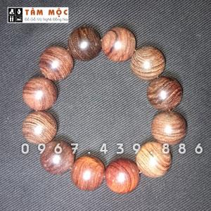 Chuỗi hạt đeo tay gỗ Trắc