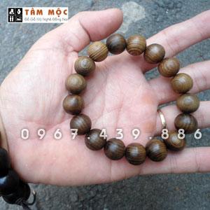 Vòng gỗ đeo tay gỗ thủy tùng