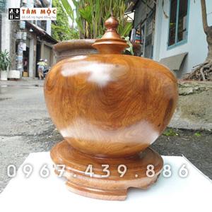 Bình phú quý bằng gỗ hương