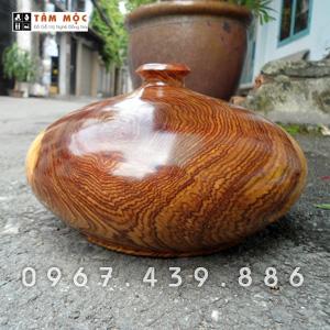 Bình phú quý gỗ cẩm lai