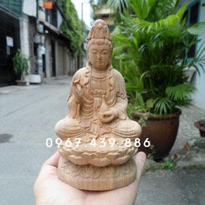 Tượng Phật Quan Âm để ô tô gỗ xá xị