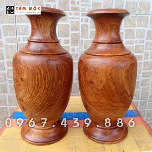 Cặp bình trang trí gỗ hương