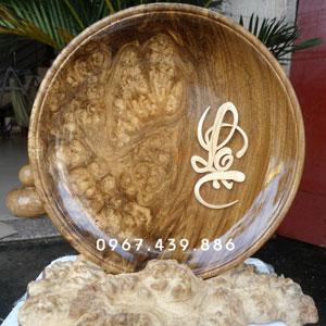 Dĩa gỗ nu nghiến