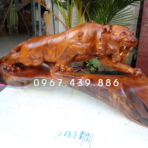 Bán tượng hổ bằng gỗ giá rẻ