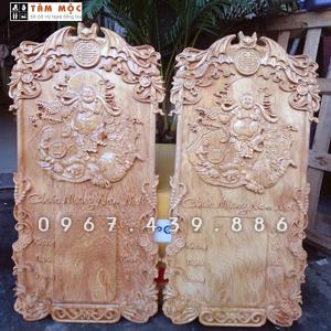 Đốc lịch gỗ Phật Di Lặc gỗ pơ mu