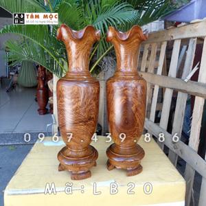 Lộc bình gỗ hương Việt