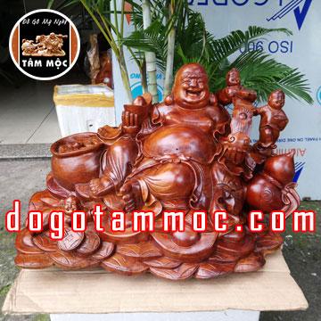 Tượng Phật Di Lặc Tam Phúc bằng gỗ hương Việt đẹp lạ