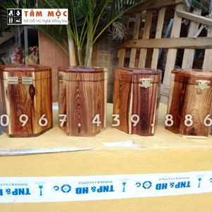 Hộp đựng trà bằng gỗ cẩm lai Việt