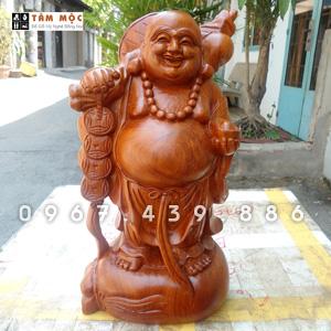 Tượng gỗ Phật Di Lặc vác cành đào gỗ hương cao 40cm