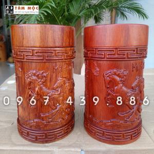 Hộp chè bằng gỗ hương - Mẫu Bát Mã
