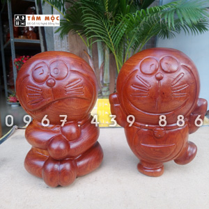 Tượng Doremon bằng gỗ hương