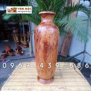 Lọ hoa trang trí bằng gỗ cẩm lai Việt