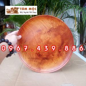 Dĩa bằng gỗ hương Việt