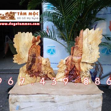 Tượng cá chọi (cá lia thia, cá xiêm) gỗ cẩm lai Việt