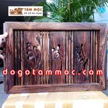 Khai trà bằng gỗ cẩm sừng đẹp lạ