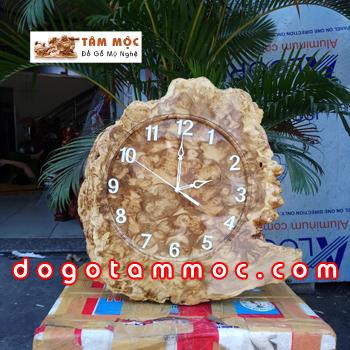 Đồng hồ bằng gỗ nu nghiến (ngọc nghiến)