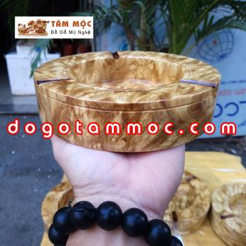 Gạt tàn thuốc bằng gỗ nu nghiến (hay còn gọi là ngọc nghiến)