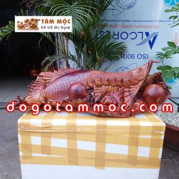 Tượng gỗ cá Kim Long (cá Rồng) độc đáo