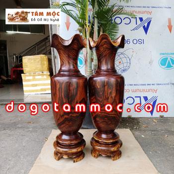 Lộc bình gỗ cẩm sừng siêu vân đẹp độc lạ