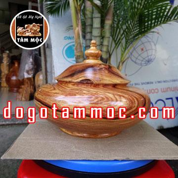 Thố đựng bánh kẹo gỗ cẩm chỉ Việt